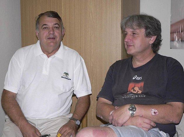 Rudolf Žaba (vlevo) a Michal Horák věří, že tým Casty Sokola Písek vybojuje v domácím prostředí postup do dalšího kola evropského Challenge Cupu v házené žen.
