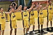 Prvoligoví Sršni děkují svým fanouškům po posledním domácím utkání sezóny 2018/2019.