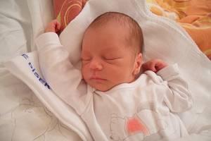 David Kysela z Milevska. Květa Matoušková a David Kysela se radují ze syna. Narodil se 2. 1. 2019 v 10.53 hodin, vážil 2950 g a měřil 50 cm.