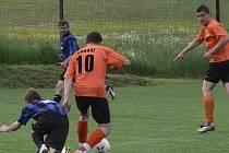 O prodlouženém velikonočním víkendu se hrály další jarní zápasy okresních fotbalových soutěží.