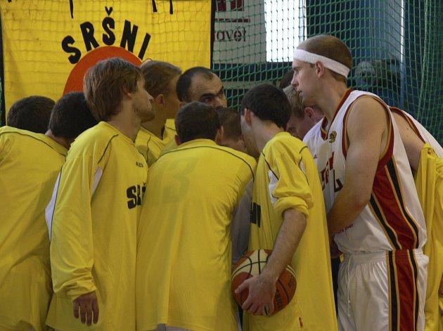 A jdeme na to, říkají si před zápasem prvoligoví basketbalisté Sokola Písek.