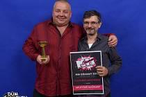 Karel Procházka (vlevo) se raduje z toho, že maškary získaly titul Kulturní akce roku.