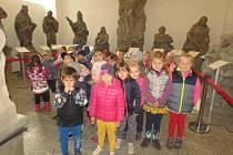 Děti čekala výprava do historie.