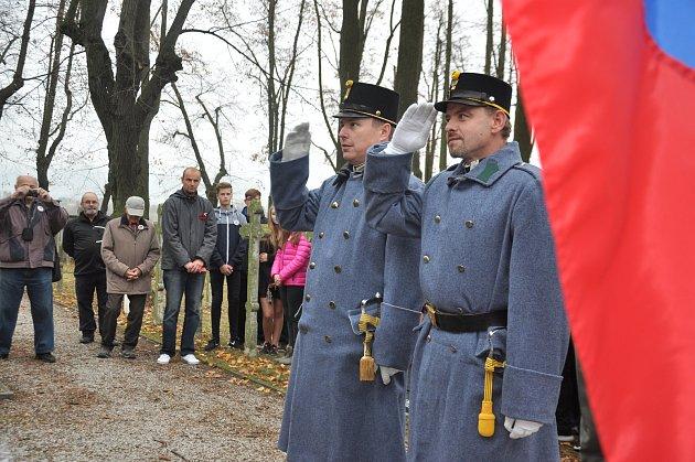 Vzpomínková akce ke Dni veteránů.