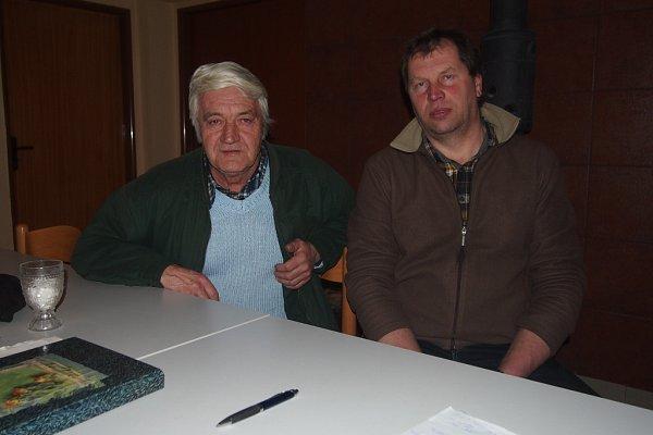 VEDENÍ OBCE. Starostou je Pavel Tupý (vpravo) a místostarostou Miroslav Souček.