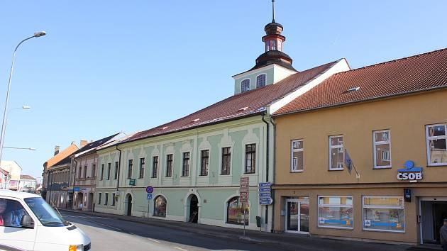 Budova Galerie M a Městské knihovny v Milevsku.