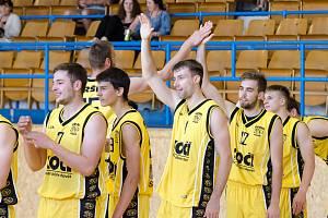 Basketbalisté A-týmu Sršni Sokol Písek.