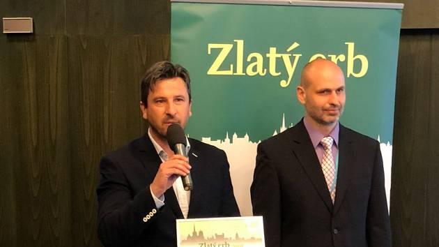 Cenu v Hradci Králové přebíral místostarosta Písku Josef Knot společně s garantem oblasti informační technologie Smart kanceláře Milošem Prokýškem.