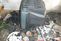 V době požáru v zasaženém bytě nikdo nebyl. Foto: HZS JčK