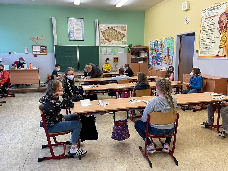 Základní škola Edvarda Beneše v Písku opět přivítala žáky prvního stupně.