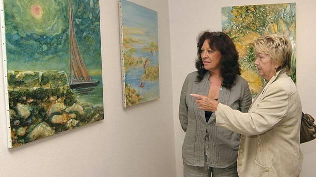 V doprovodu kurátorky Ireny Mašíkové si v sobotu mohou návštěvníci Prácheňského  muzea prohlédnout výstavu obrazů Jiřího Eduarda Hermacha.