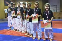 Medailisté z Mistrovství České republiky v karate.