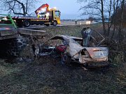 U Dunajovic se ve čtvrtek v noci při střetu s autem smrtelně zranil cyklista.