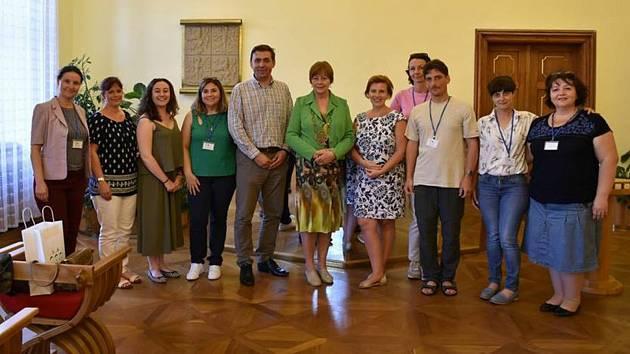 Setkání se starostkou města Písku Evou Vanžurovou na radnici.