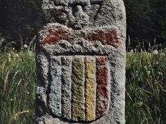 Nová kniha Všechno z kamene mluví o ozdobách z kamene.