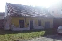 Dům, který má pronajatý od města spolek Šrot.