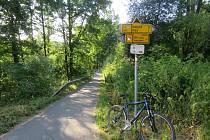 Cyklostezka mezi Pískem a Zátavským mostem.