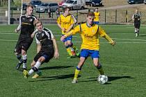 Fotbalisté FC Písek hrají v sobotu doma. Foto je z přípravy proti Roudnému, které v divizi jede v tomto divizním kole do Dobříše.