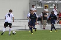 Starší dorostenci FC Písek U19 přivezli ze Sokolova tři body za výhru 3:1 v ligovém utkání své kategorie. Náš snímek je z přátelského zápasu Písku s německým TSV Mnichov 1860.