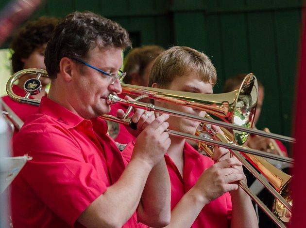 Koncert táborského Swing bandu v Písku.