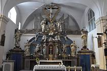 Tři písecké římskokatolické kostely.