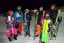 Diacel Písek si užil lednové lyžování na Monínci.