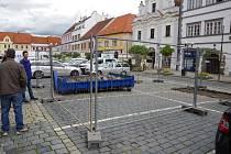 Zabezpečené pracoviště archeologů z Prácheňského muzea.