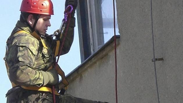 Záchranář v akci.