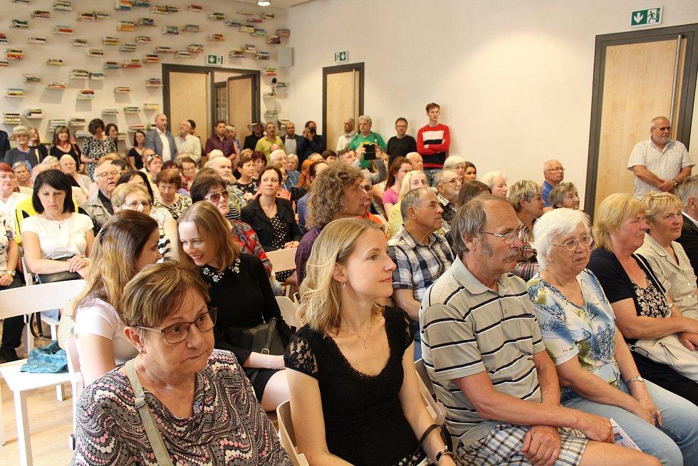 Otevření nové knihovny a centra vzdělávání v Písku.