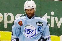 OSOBNOST. Michal Štych v Milevsku neplní jen roli kapitána mužstva, ale je také hrajícím asistentem trenéra.
