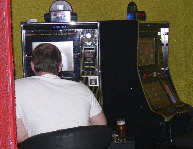 Výherní automaty vytvářejí závislost