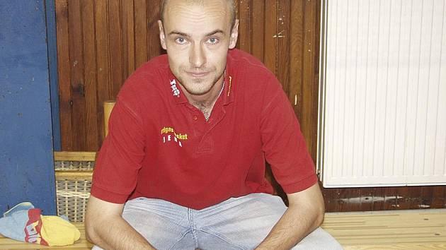 Trenér druholigových basketbalistů Písku Miroslav Janovský (na snímku) byl s výkony svých hráčů v úvodních mistrovských zápasech nové sezony spokojen.