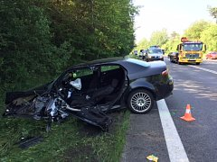 V úterý dopoledne při střetu dvou aut u Radobytce na Písecku zemřel člověk.