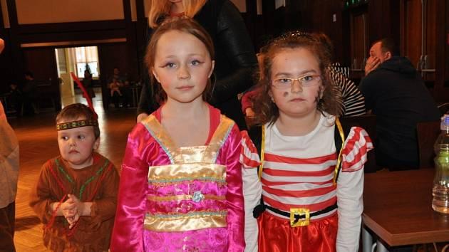 Dětský karneval v Kulturním domě v Písku.