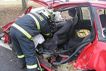 Smrtelná nehoda na sjezdu ze silnice R4 na Blatnou.