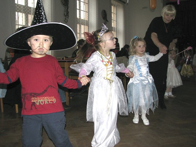 Dětský ples v Putimi.