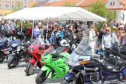 Desáté setkání motorkářů s požehnáním na cestu v Milevsku.