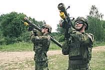 Strakoničtí vojáci cvičili v Oldřichově u Písku.