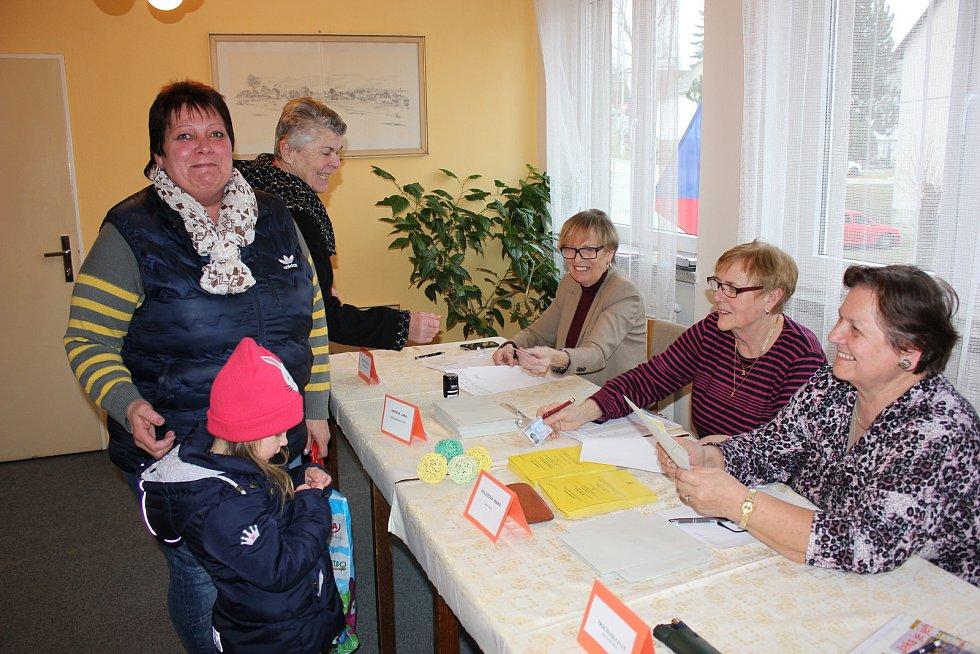 Volby v Ostrovci.