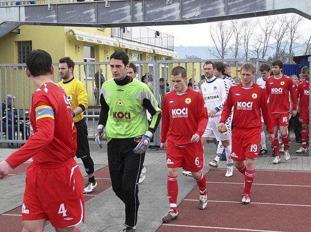 Takto nastupovali třetiligoví fotbalisté FC Písek k nedávnému domácímu zápasu s Libercem B, se kterým prohráli 0:1. Jak si povedou v jihočeském derby proti Sezimovu Ústí?