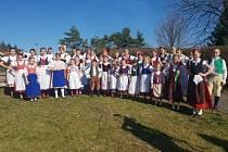 Soutěž Jihočeský zpěváček je určená pro děti z členských souborů JFoS v kategorii od 10 do 15 let.
