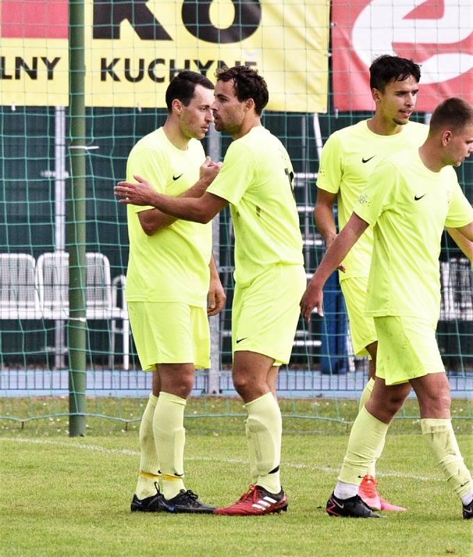 Fotbalový krajský přebor: Protivín - Osek 1:3.