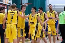 Prvoligoví basketbalisté Sokola Písek.