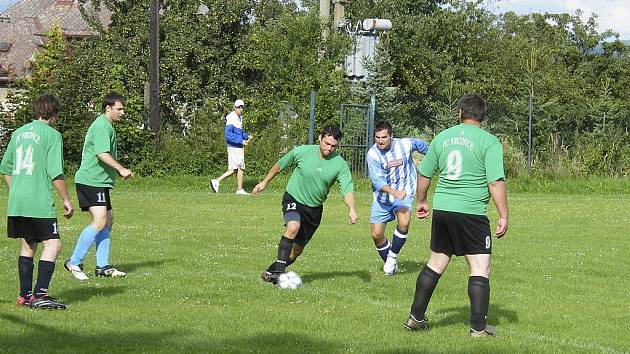 Fotbalisté FC Vojníkov remizovali v sobotním zápase okresní IV. třídy mužů se Sokolem Putim 1:1.