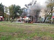 Požár štěpkovače na píseckém Pražském Předměstí způsobil škodu 7 milionů korun.