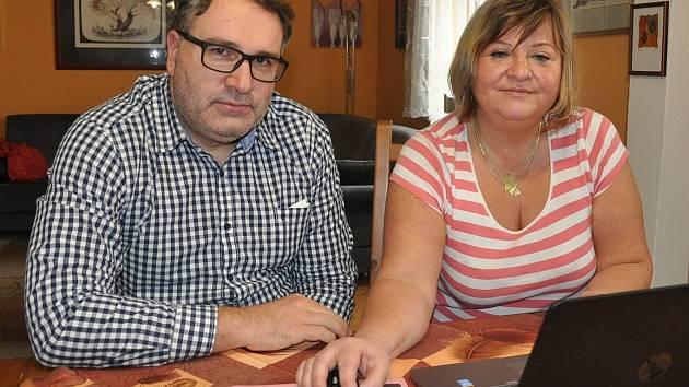 Autoři projektu Nestřílím slepýma: sexuolog Michal Pohanka a gynekoložka Dana Preslová.