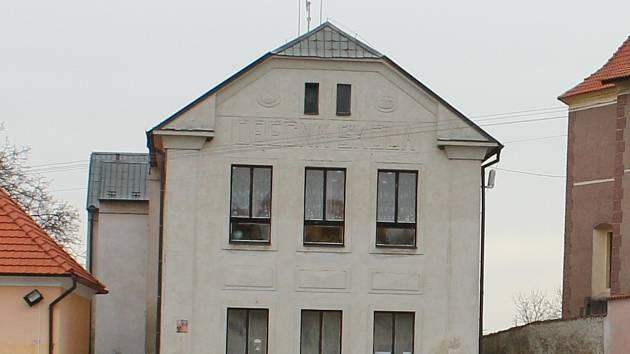 Škola v Orlíku nad Vltavou.