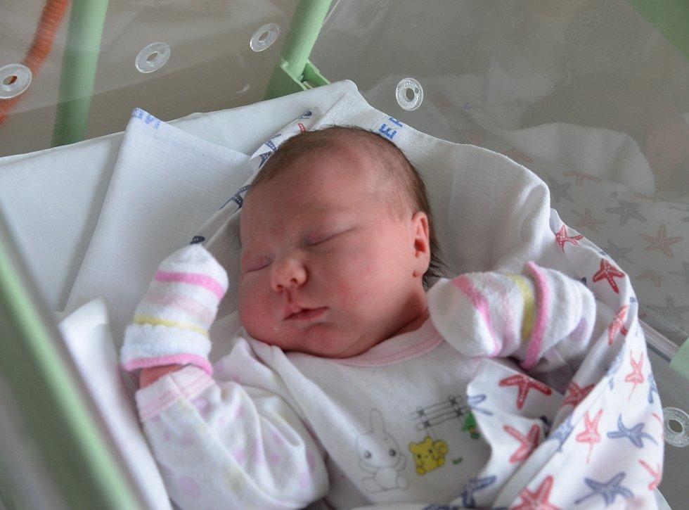 Anna Kolářová z Bilinky. Dcera Kateřiny a Martina Kolářových se narodila 16. 2. 2021 v 8.06 hodin. Při narození vážila 4150 g a měřila 54 cm. Doma ji čekala sestřička Eliška (2,5).