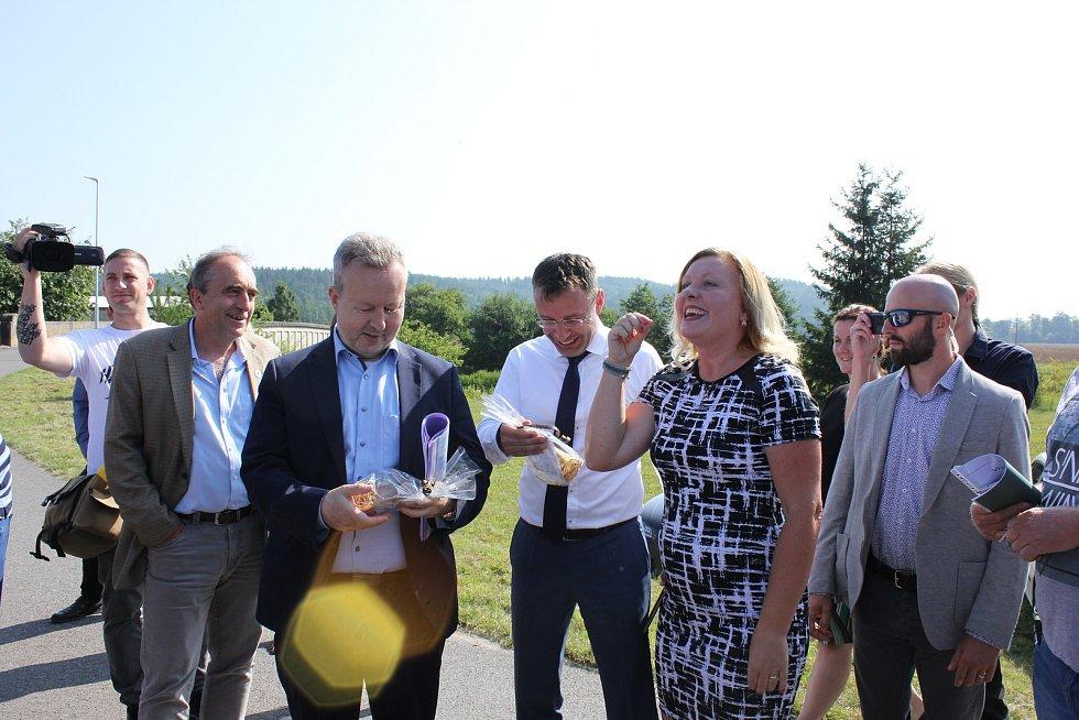 Premiér Andrej Babiš navštívil Heřmaň na Písecku.