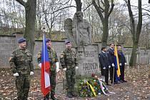 Den válečných veteránů na vojenském hřbitově v Písku.